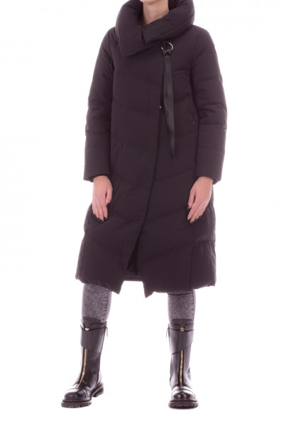 Bosideng  Long down jacket with diagonal closure F20ITW41116