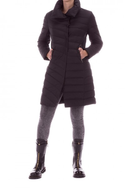 Bosideng  Quilted jacket with high collar and zip pockets F20ITW31036
